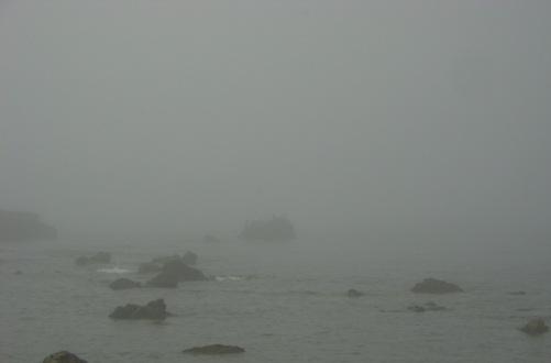 mare-e-nebbia-allo-scolgio-della-ballerina.JPG