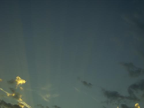 raggi-crepuscolari-zoom.jpg